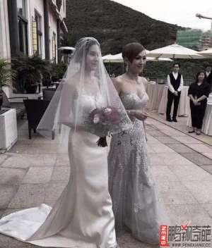 资讯生活【图】周润发前妻好身材抢镜 揭余安安和李万祺为什么会离婚